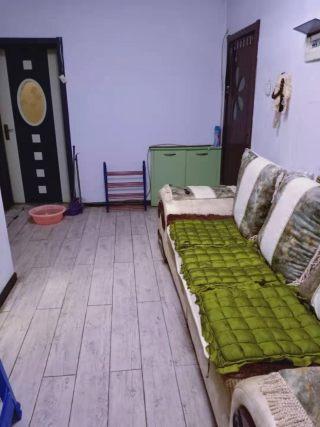 (龙泉路)龙泉花园2室1厅1卫650元/月53m²出租