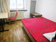 光明路红星教师新村公寓出租,300-500元/月,室内宽敞,户户有窗,通风良好,干净舒适。