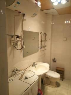 (新站)东庆花园2室1厅1卫800元/月60m²简单装修出租