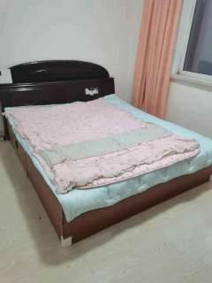 (龙泉路)红岭小区1室1厅1卫700元/月51m²简单装修出租