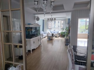 (江南)波尔多小镇3室2厅2卫112万132.5m²出售