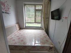 1室1厅1卫650元/月43m²出租
